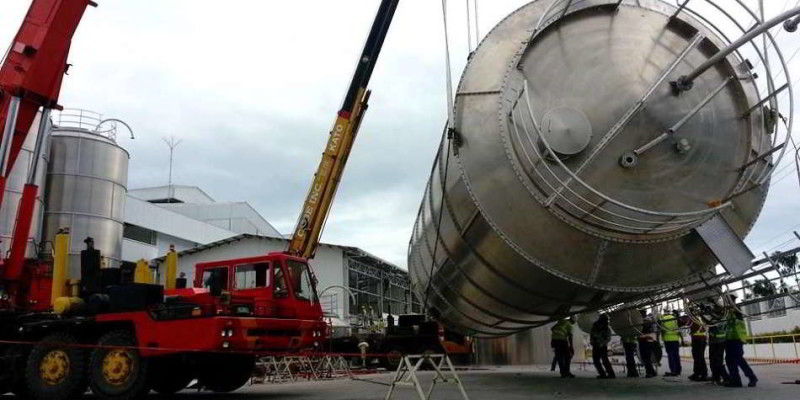 Lifting of Tank with 45 Tons Crane at Coca Cola