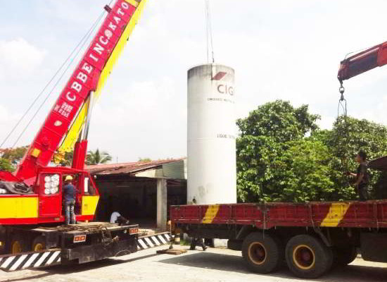 Lifting of VIE Tank for Air Liquide