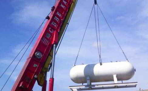 Lifting of LPG Tank with Truck Mounted Crane