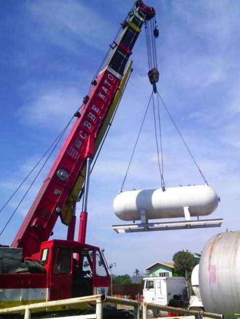 Cost To Lift A Truck >> Lifting of LPG Tank with Truck Mounted Crane - CB Barangay ...