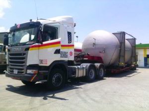 Transport of 20,000 Gallon LPG Tank